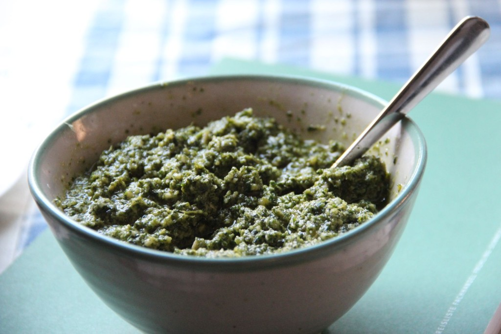 Slow Food Pesto